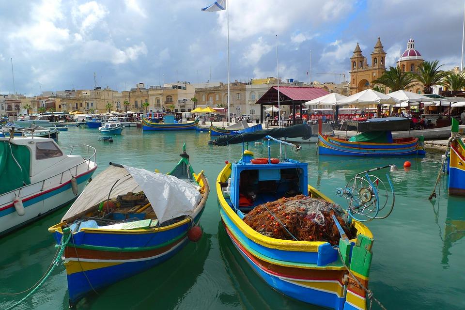Malta Fischerboot Hafen